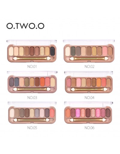 O.TWO.O 9 color eyeshadow...